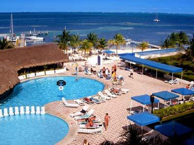 Aquamarina Beach Hotel All Inclusive In Cancún
