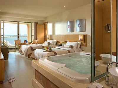 Beach Palace All Inclusive Cancun Hotels In Cancun