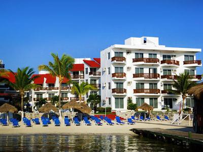 Hotel imperial las perlas for Villas las perlas playa del carmen