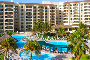 Hotel The Royal Islander, Luxury All Inclusive Resorts in Cancun