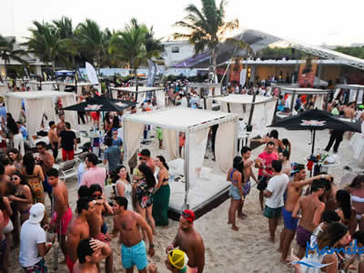 Mamitas Beach Club